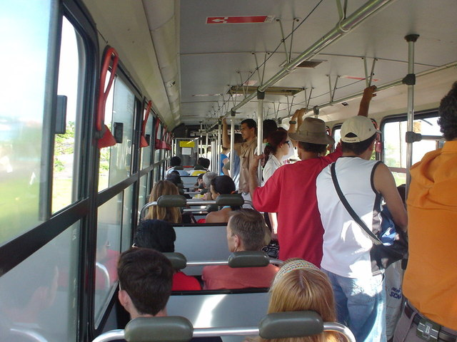 on-the-bus-1532598-640x480